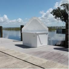 C&M Triangular Dock Box