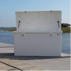 Rough Water Dock Box 33x80x29